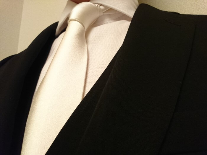 e845a545d40413 実例紹介】結婚式・披露宴に主賓として出席するときの服装   ひとまず ...